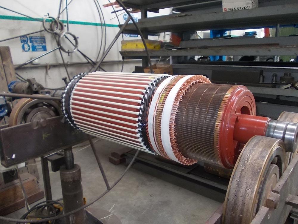 Esecuzione avvolgimenti di macchine elettriche rotanti for Motori elettrici per macchine da cucire